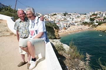 Доплаты к пенсии пенсионерам инвалидам