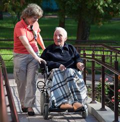 Деменция: основные симптомы, признаки и стадии развития