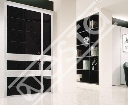 Металлические входные двери в квартиру