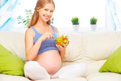 Чем полезна фолиевая кислота при беременности 1