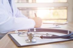 Лечение варикозной болезни лазером: что такое лазерная коагуляция и сколько стоит лечение?