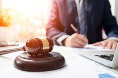 Какие права имеют коллекторы и что они могут делать по закону?