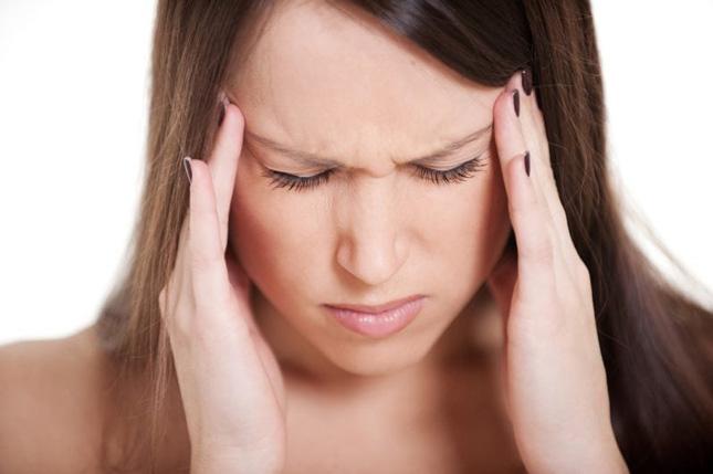 От чего бывает мигрень как лечить thumbnail